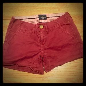 AEO stretch shortie burgundy shorts sz 00 EUC